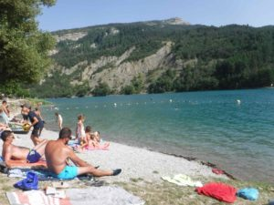 Lac de Castillon plage de Touron