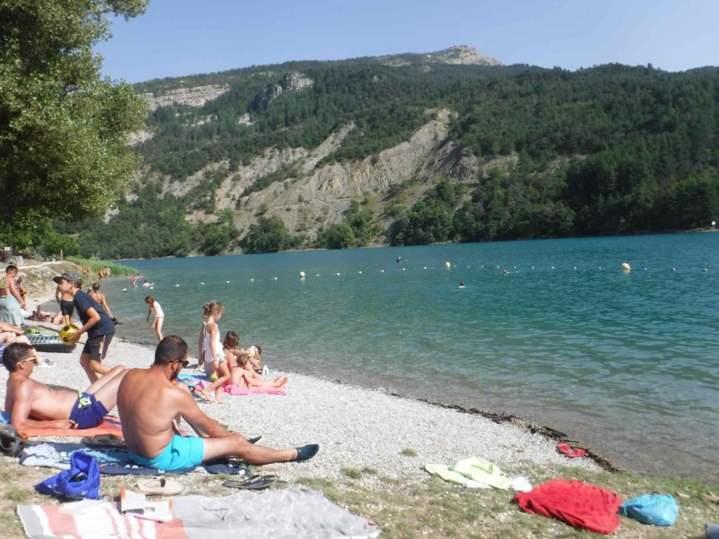 Lac de Castillon Touron beach