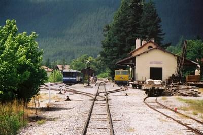 The Pignes train at Saint-André-les-Alpes
