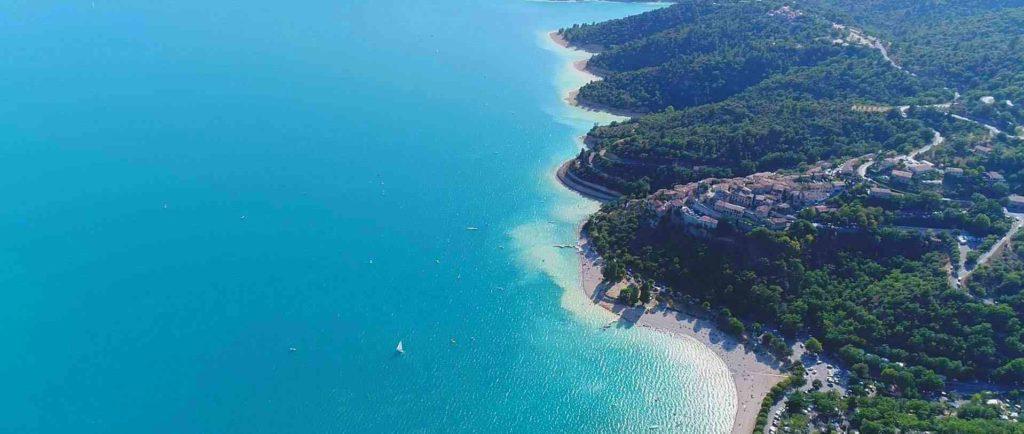 Le magifique lac de Sainte-Croix