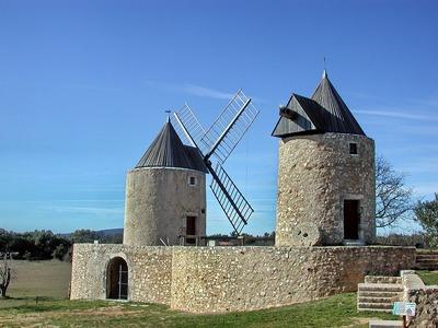 Régusse's windmills