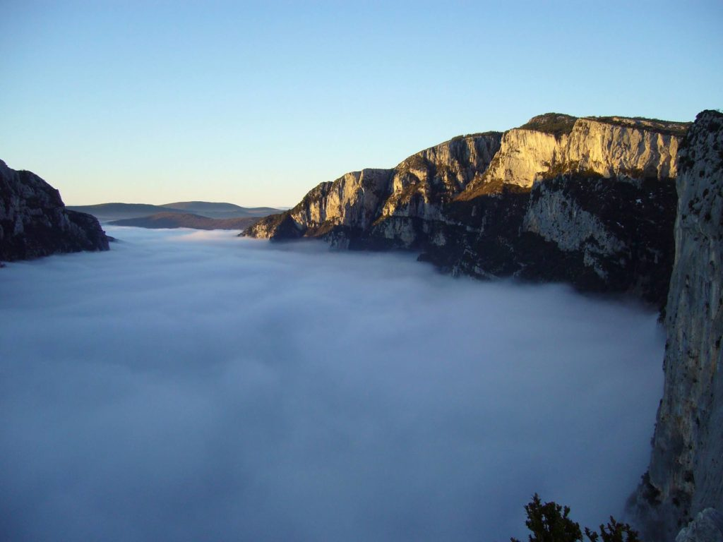 gorges du verdon sea clouds