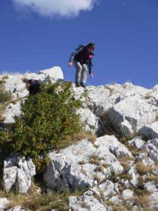 Rando Gorges du Verdon l'arrête rocheuse du mont Robion