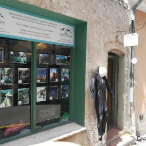 Verdon Voyages 'shop in Moustiers Sainte-Marie
