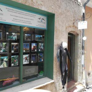 Verdon Voyages 'shop in Moustiers Sainte-Marie